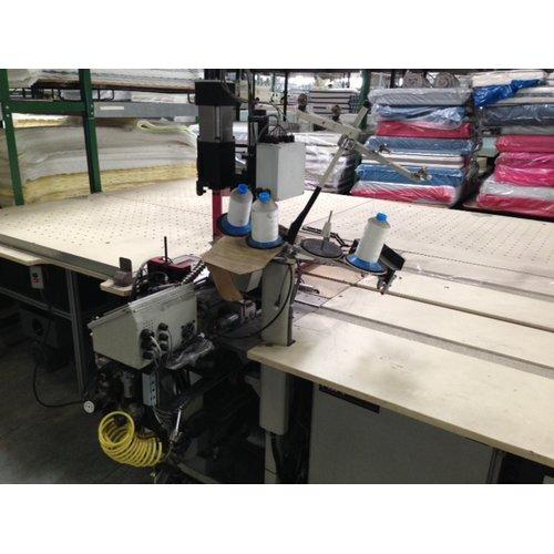 Máquina de remalhar tampos com mesa ventilada